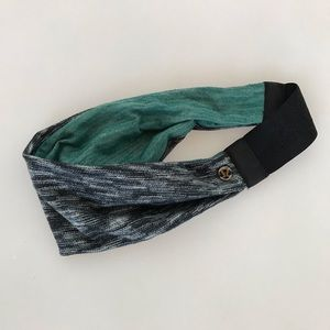 Lululemon gray and green headband